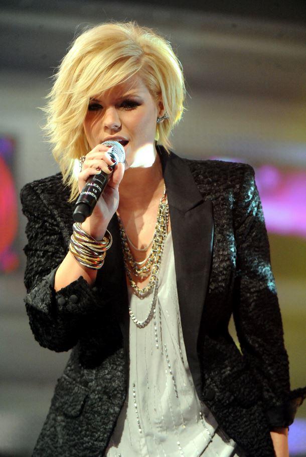 Kimberly Caldwell singing