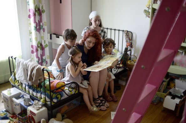 How much does a nanny make?