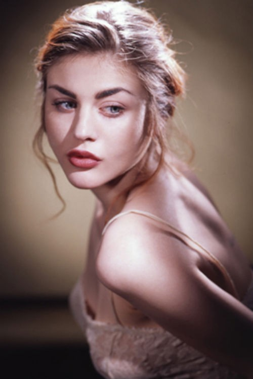 How Much Does Frances Bean Cobain ... - Celebrity Net Worth