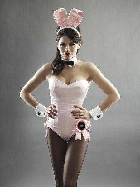 Jenna Dewan as Bunny Janie