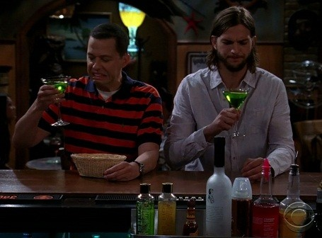 Jon Cryer and Aston Kutcher in Two and a Half Men