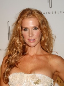 How much does Poppy Montgomery make?