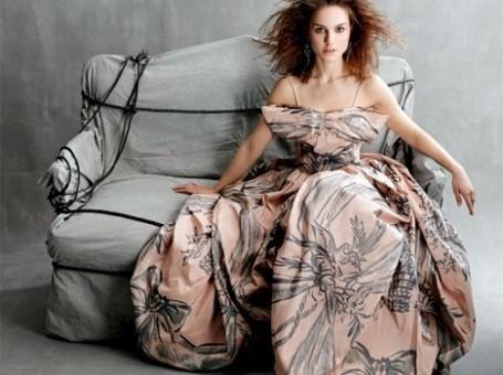 Natalie Portman modeling for Christian Dior