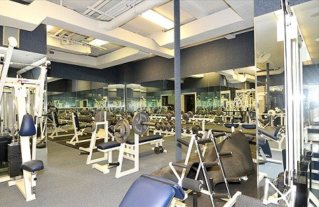 full-sized gym in 50 Cent's home in Farmington, Connecticut.