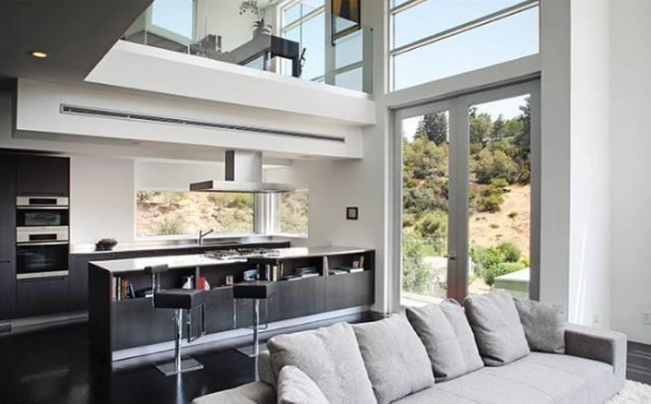 Chris Brown S Home Ultra Modern Hollywood Hills Pad