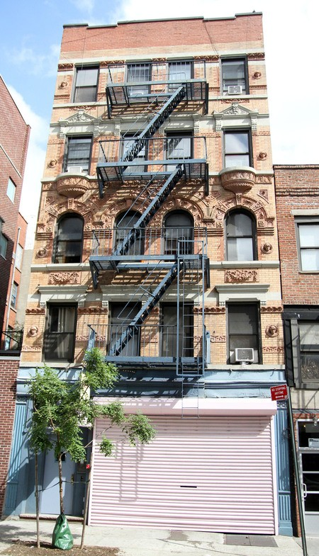 Lady Gaga's old New York apartment now for rent.