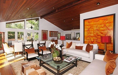 Living room in Kristen Stewart and Robert Pattinson's summer home in Bel Air.