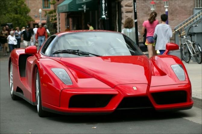 Ferrari-Enzo2