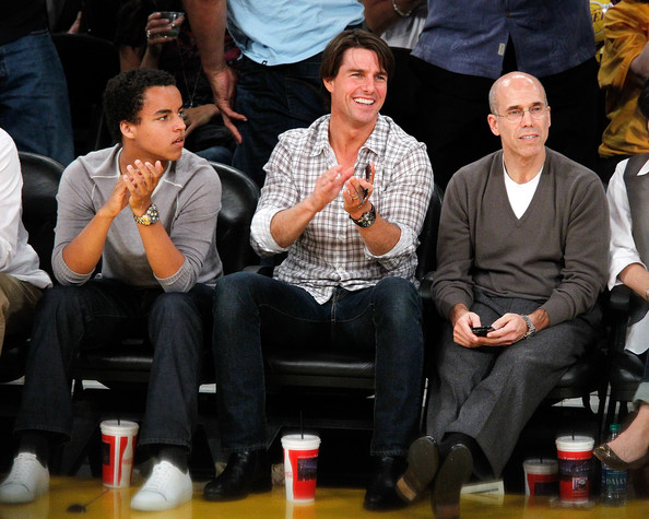 Who Owns Lakers Courtside Seats?   Celebrity Net Worth