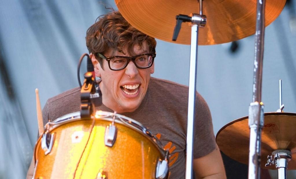 Patrick Carney Drumming