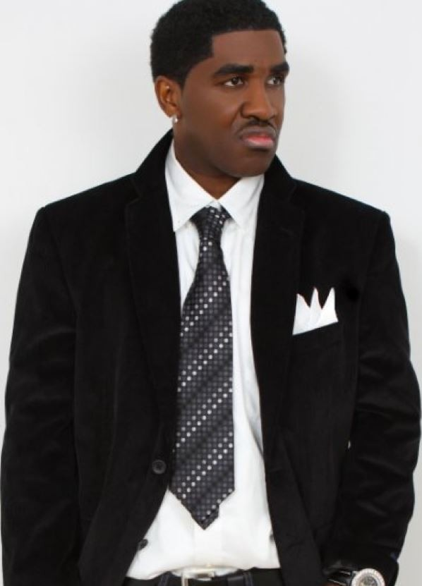 Ralo Wonder suit and tie