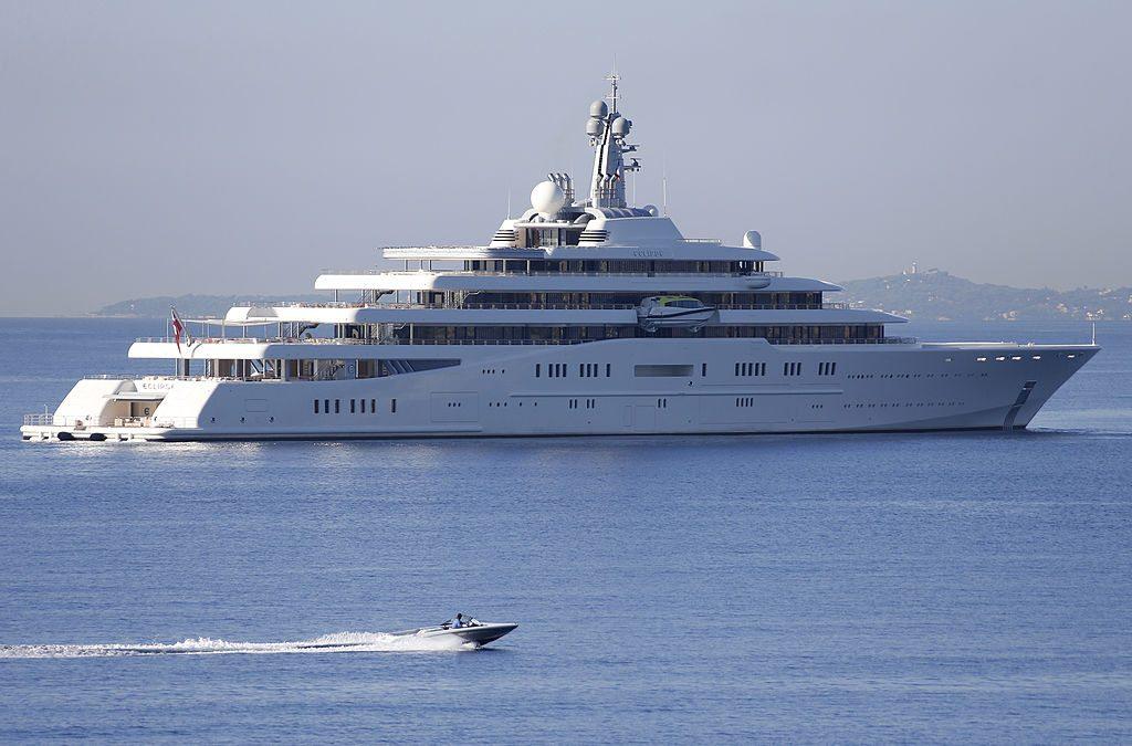 $800 Million Yacht - Eclipse