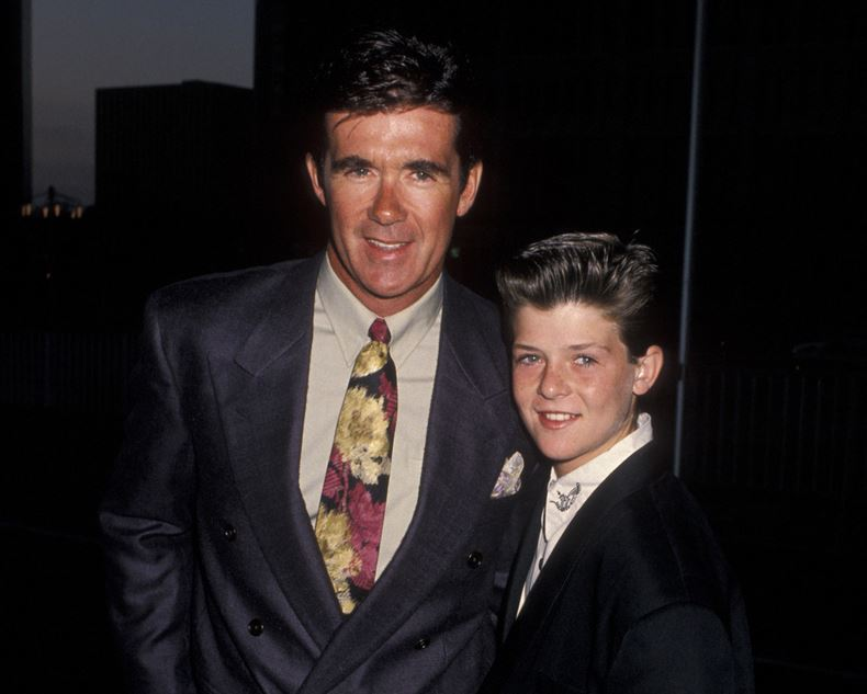 Young Alan and Robin Thicke