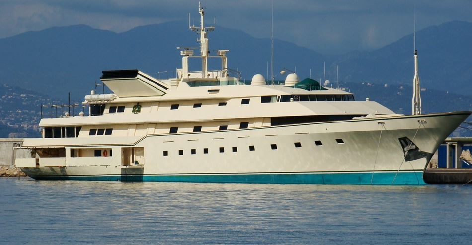$500 Million Yacht - Kingdom 5 KR