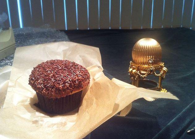 Faberge Egg vs Cupcake