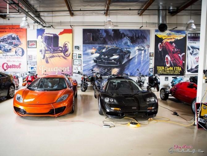 McLaren F1 (right)