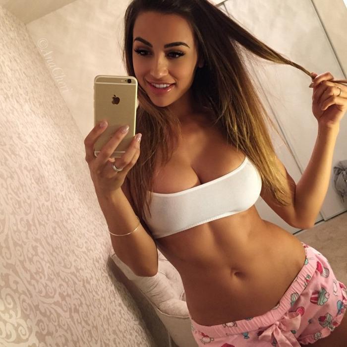 Ana Cheri222