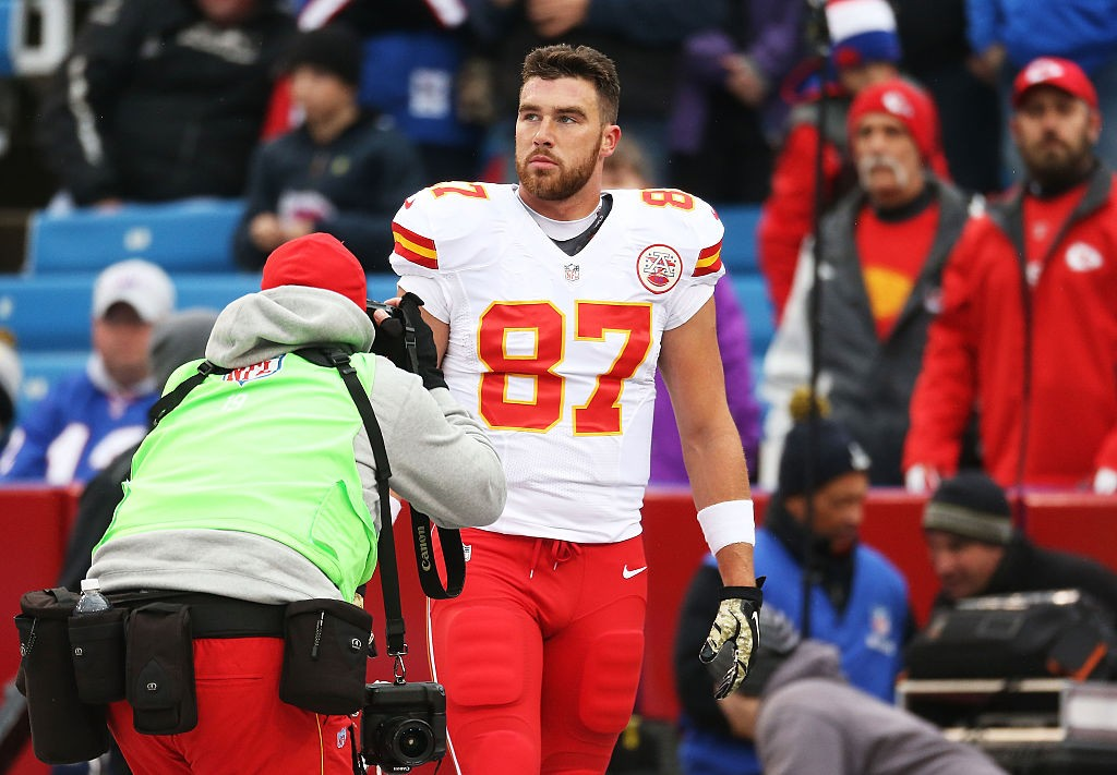 ORCHARD PARK, NY - NOVEMBER 09: Travis Kelce #87 of the Kansas City Chiefs warms up before the first half against the Buffalo Bills at Ralph Wilson Stadium on November 9, 2014 in Orchard Park, New York. (Photo by Tom Szczerbowski/Getty Images)