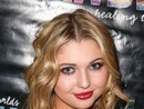 Sammi Hanratty Net Worth