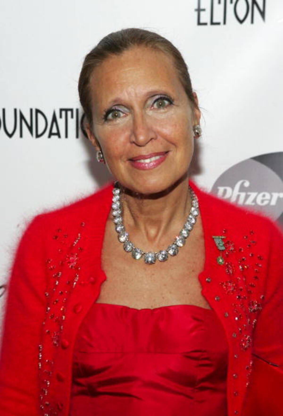 a3c69db4f06 Danielle Steel Net Worth
