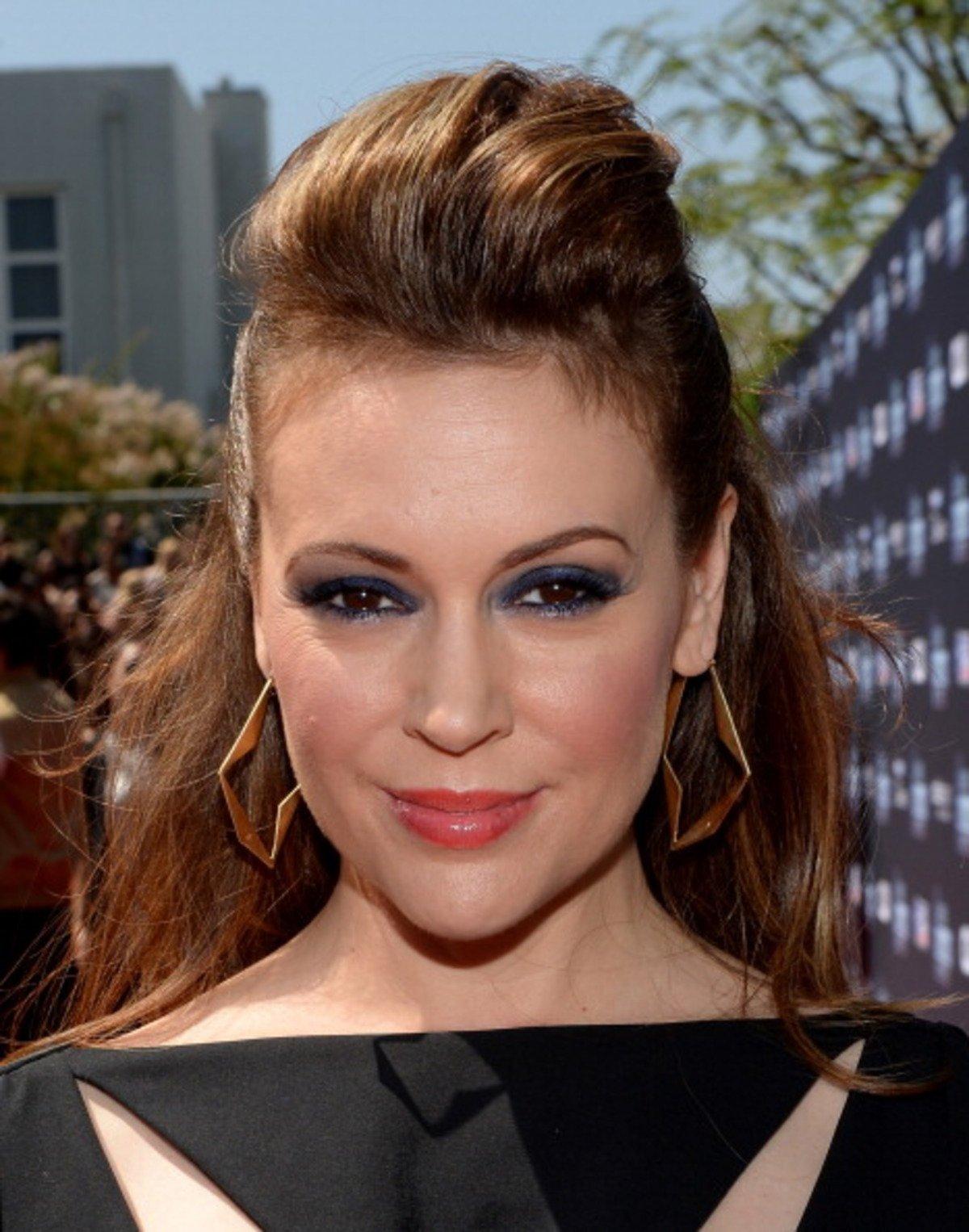 Alyssa Milano Embrace Of The Vampire alyssa milano net worth | celebrity net worth