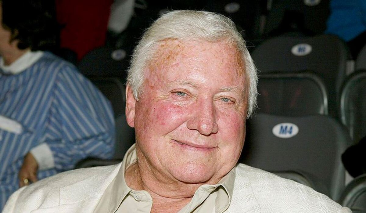Merv Griffin Earned An Astonishing Fortune Off The Jeopardy