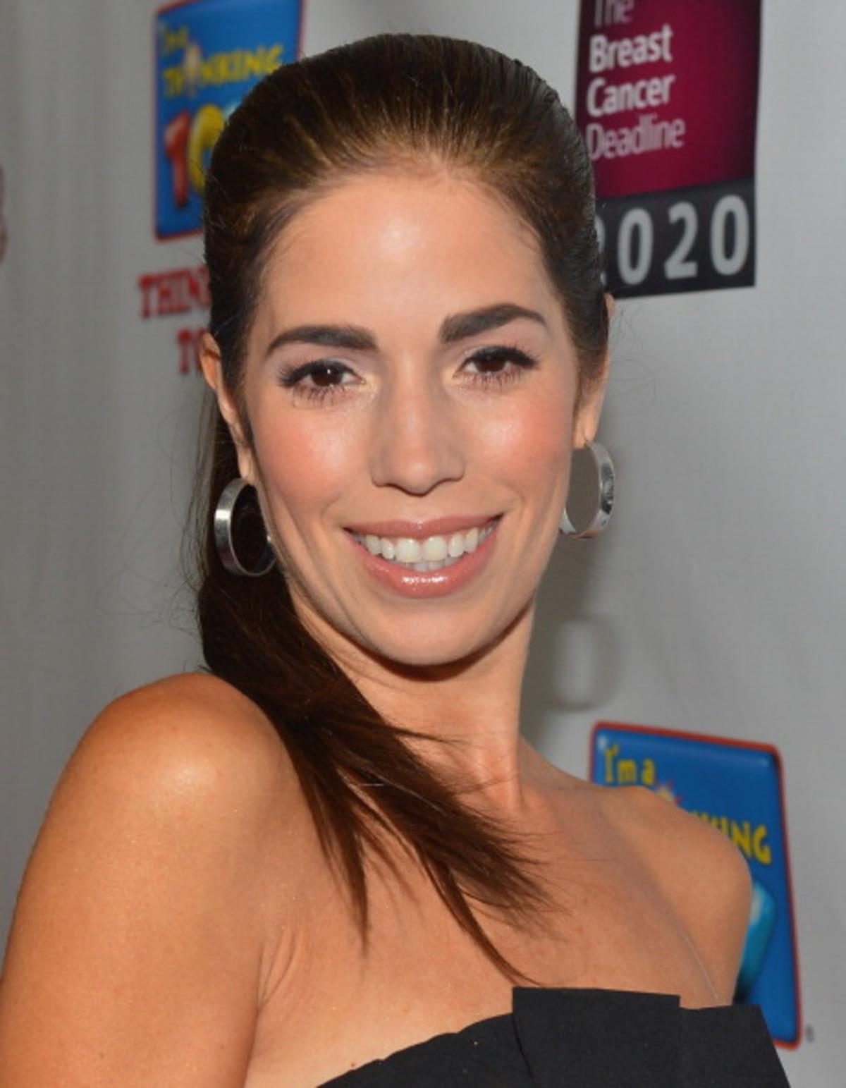Ana Ortiz Pictures ana ortiz net worth | celebrity net worth
