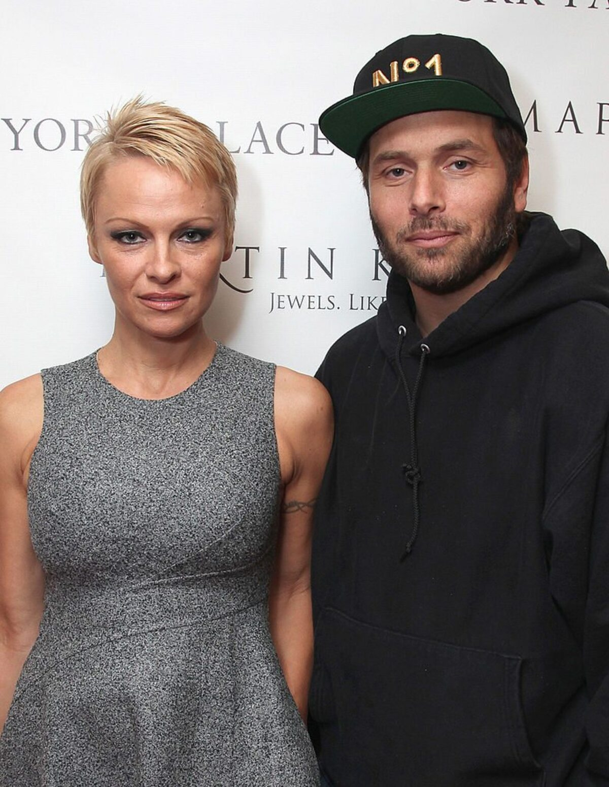 Pamela Anderson Claims Ex Husband Secretly Earned 40 Million Playing Poker Last Year Off One Guy Celebrity Net Worth