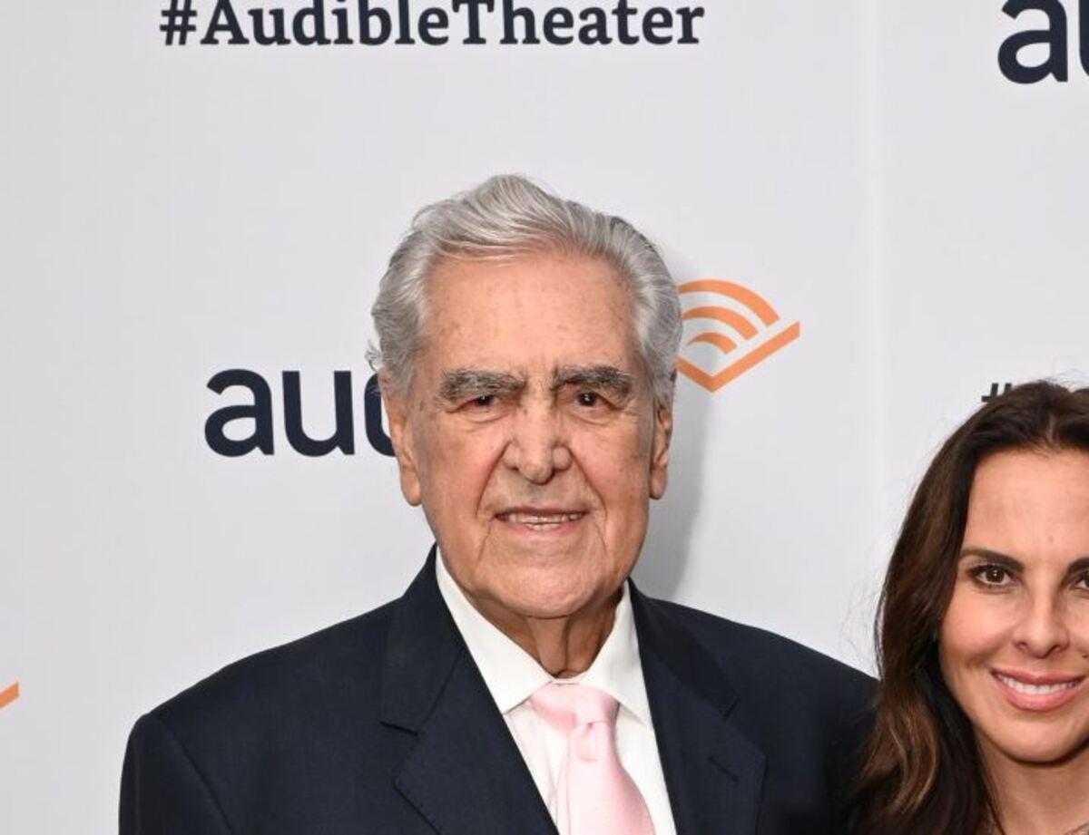 Photo of Kate Del Castillo  & her Father  Eric del Castillo