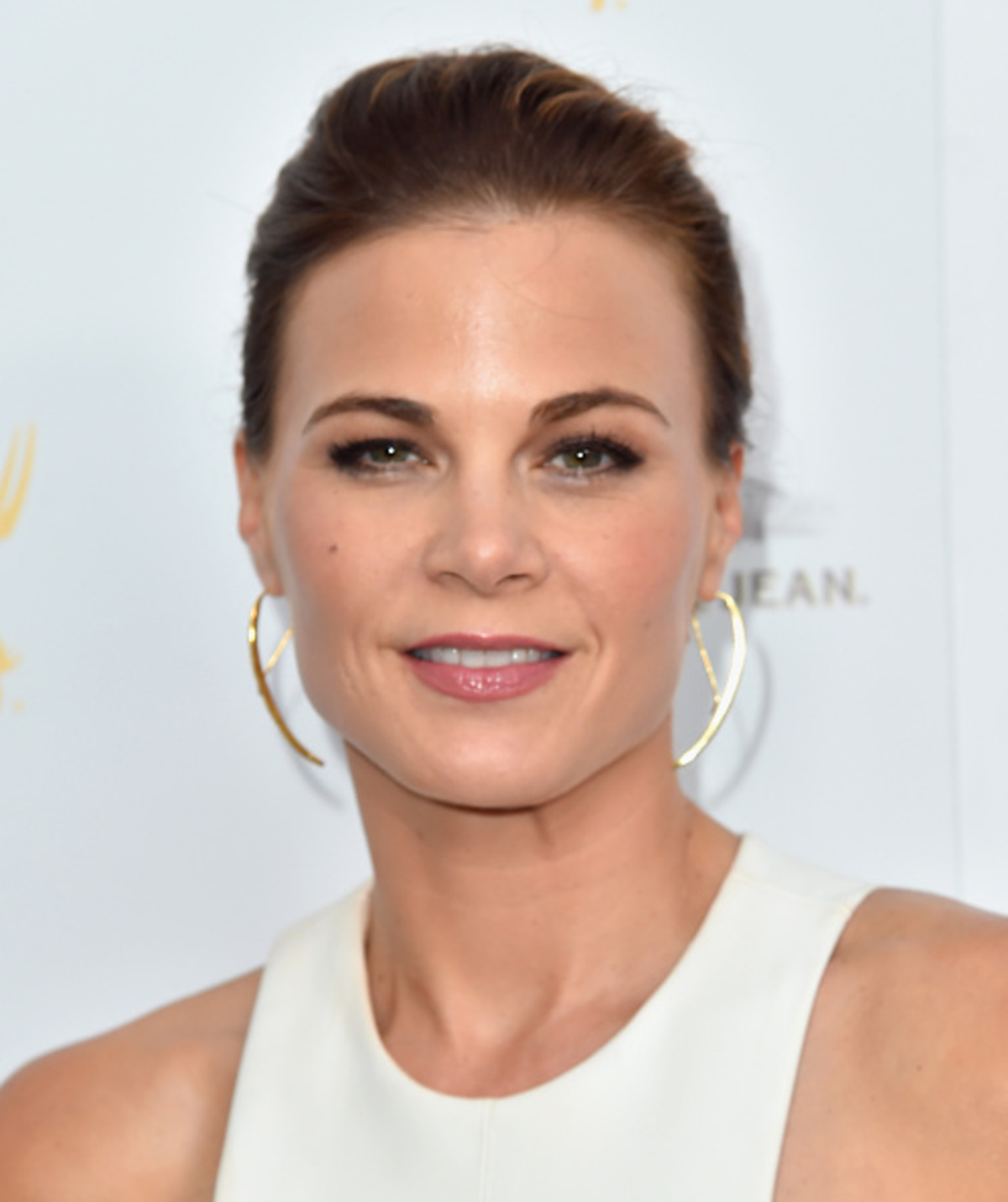 Gina Tognoni why did she leave the young and the restless