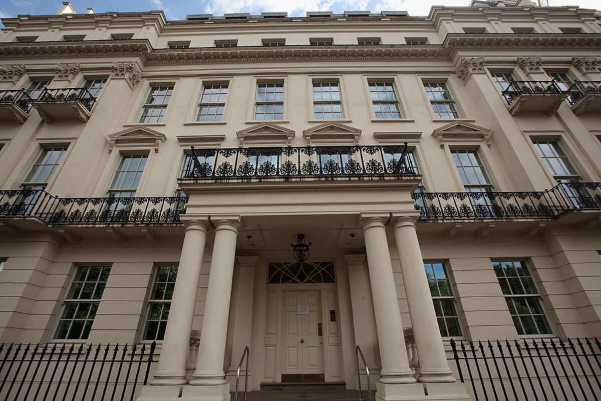 This 45 Bedroom Mansion In London Has Been Sold For A Rumored 275 Million Celebrity Net Worth
