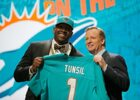 An Inappropriate Tweet Cost Laremy Tunsil $8-13 Million At The NFL Draft