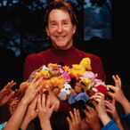 Billionaire Creator of Beanie Babies' $20k Random Act of Kindness