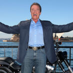 Arnold Schwarzenegger Doesn't Know Who William Shatner Is