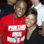 New Tell-All Book Describes Floyd Mayweather's Absolutely Insane Spending Habits And Lifestyle