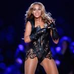 Beyonce Drops $311K On Diamond-Encrusted Stilettos