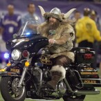 Vikings Ditch Longtime Mascot After He Demands Absolutely Ridiculous Pay Raise