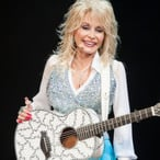 Dolly Parton Made A Ton Of Money Last Year