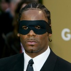 R. Kelly Claims He's Broke On Crazy New 19-Minute Song