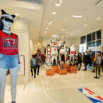 Fast Fashion Has Made The Founders Of Forever 21 One Of The Wealthiest Couples In America