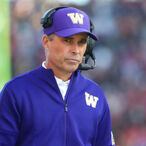 Chris Petersen Is Stepping Down As Washington's Head Coach – Giving Up Millions Of Dollars In The Process