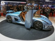 The Koenigsegg Regera Has Lots Of Horsepower And Some Pretty Cool Features