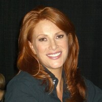 Angie Everhart Net Worth