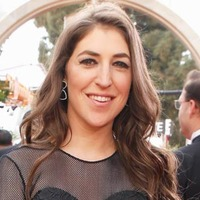 Mayim Bialik Net Worth
