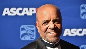 Thumbnail for High School Dropout Berry Gordy Turned An $800 Loan Into Motown Records And A $400 Million Fortune