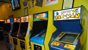 Thumbnail for Top 10 Grossing Arcade Games Of All Time