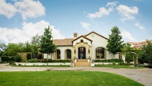 Thumbnail for Jordan Spieth Buys Dallas $7.15 Million Mansion From Fellow Golfer Hunter Mahan