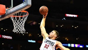 Thumbnail for Fight With Equipment Manager Will Cost Blake Griffin $859,442