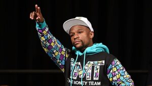 Thumbnail for MASSIVE Payday May Bring Floyd Mayweather Out Of Retirement