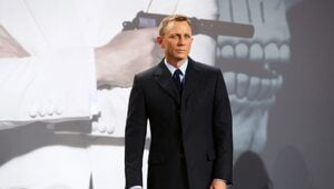 Thumbnail for Daniel Craig Reportedly Turned Down $100 Million To Play James Bond In One More Movie